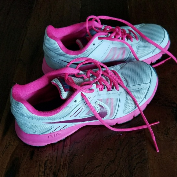 Unisex Shoes Clothing, Shoes & Accessories Nike Womens Gray And Pink Running Shoes 8 Gently Used